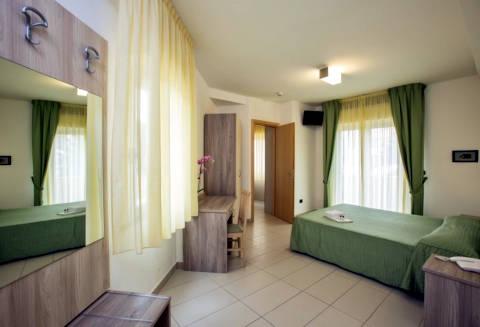 Foto HOTEL PARK  E RESIDENCE VILLA ROSA di VILLA ROSA DI MARTINSICURO