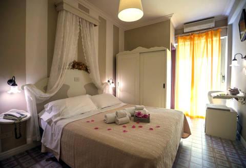 Fotos HOTEL  MOCAMBO von SAN BENEDETTO DEL TRONTO