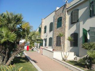 Foto HOTEL  RISTORANTE LUCCIOLA di SANTO STEFANO AL MARE
