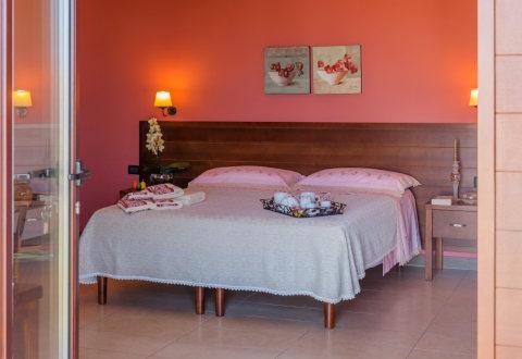 Foto B&B BED AND BREAKFAST LA CHIOCCIOLA di CASTRIGNANO DEL CAPO