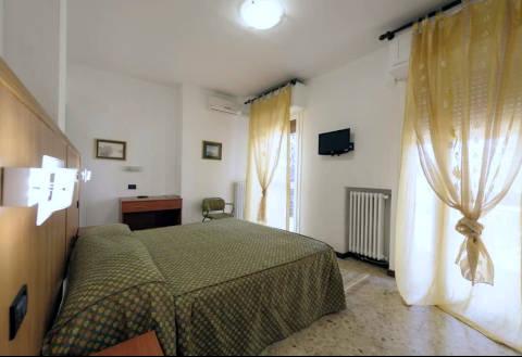 Foto HOTEL  MARCHINA di BRESCIA