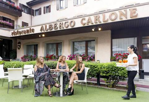 Foto HOTEL  RISTORANTE CARLONE di BREGUZZO