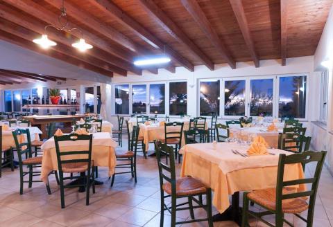 Foto HOTEL LU'  PORTO PINO di SANT'ANNA ARRESI