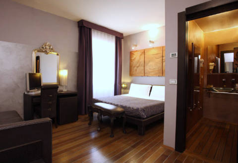 Photo HOTEL BORGHESE PALACE ART  a FIRENZE