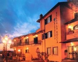 Foto HOTEL RISTORANTE HOTEL VILLA LA ROCCA di ROCCA PRIORA