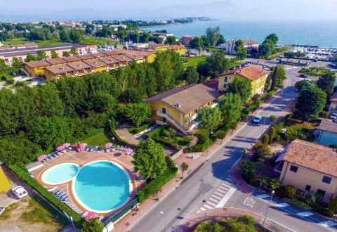 Fotos HOTEL  RISTORANTE RIEL von SIRMIONE