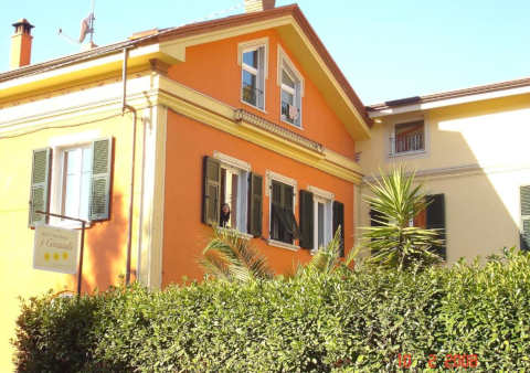 Photo B&B I GIRASOLI BED AND BREAKFAST a LERICI