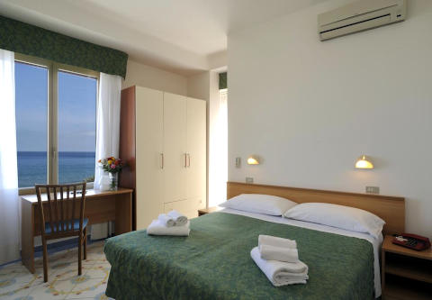 Foto HOTEL  DELFINO di LAIGUEGLIA