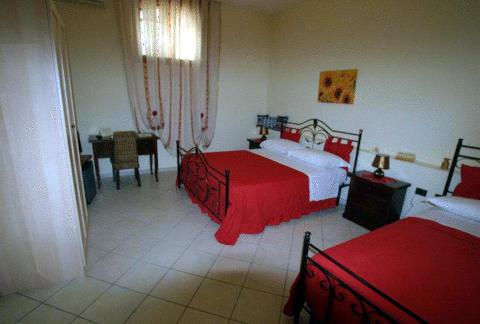 Foto HOTEL TAVERNOLA LOCANDA DI CAMPAGNA di BATTIPAGLIA
