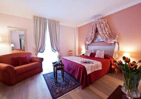 Foto HOTEL OSTUNI PALACE  MEETING SPA di OSTUNI