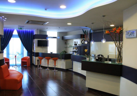 Foto HOTEL  GABBIANO di MOLA DI BARI