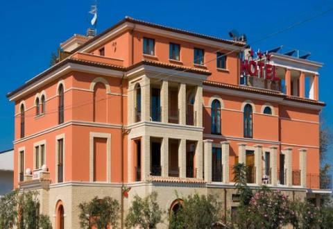 Picture of HOTEL  RISTORANTE CASA ROSSA of ALBA ADRIATICA