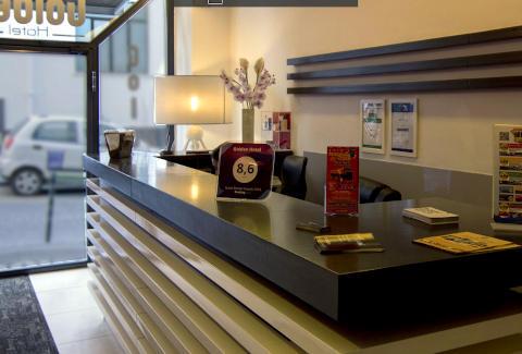 Foto HOTEL GOLDEN  di NAPOLI