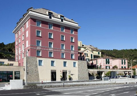 Foto HOTEL SEA ART  di VADO LIGURE