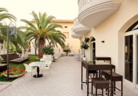Foto HOTEL  EVA di ALBA ADRIATICA