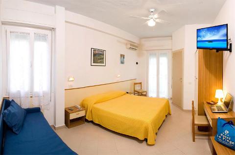 Foto HOTEL  LA PLAGE di CATTOLICA