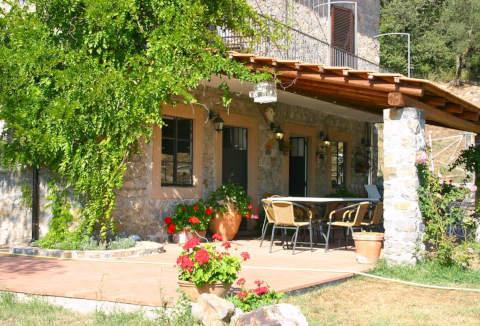 Foto CASA VACANZE COUNTRY HOUSE DE CHARME LE STALLE DI GIURÒ di ROCCAGLORIOSA