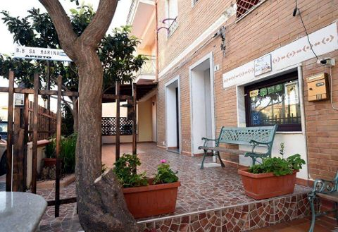 Foto B&B BED & BREAKFAST SA MARINA di LA CALETTA