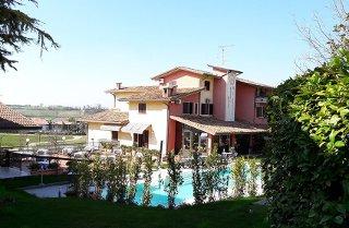 Foto HOTEL  IL CASTELLO di POZZOLENGO