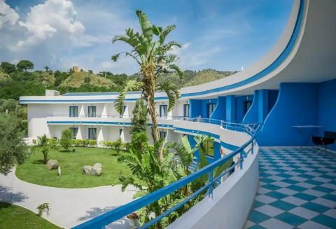 Foto HOTEL VILLAGGIO CALA LONGA HOTEL CLUB di MONTAURO