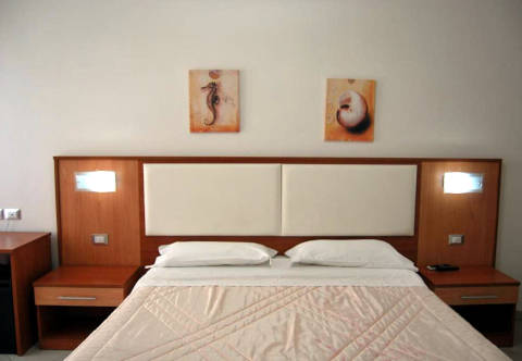 Foto HOTEL EUROPA di NERETO