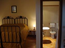 Foto HOTEL RELAIS CASTELLO DI COMPIANO  MUSEUM di COMPIANO