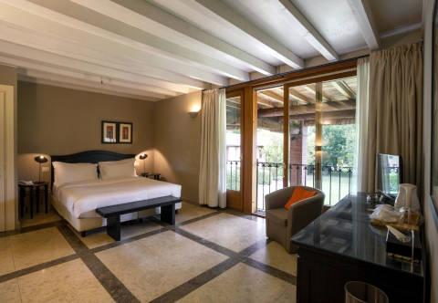 Foto HOTEL IL SANTELLONE RESORT di BRESCIA