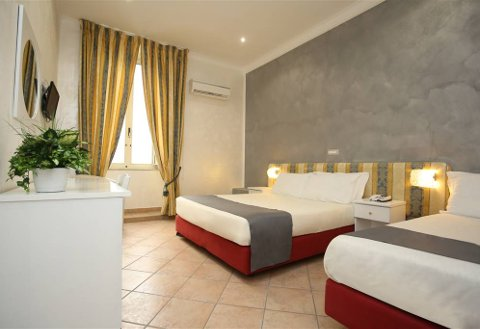 Foto HOTEL  VERGILIUS BILLIA di NAPOLI