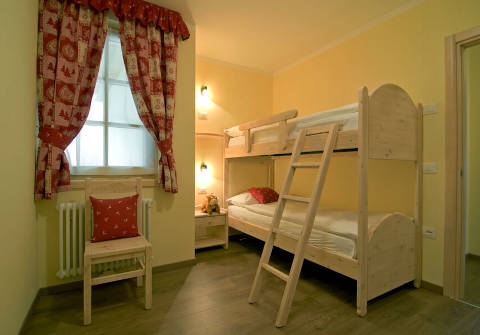 Photo B&B APPARTAMENTI B&B  & APARTMENTS SISSI a COMMEZZADURA