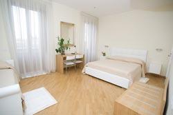 Foto HOTEL LA LOCANDA DI GINO di SULMONA