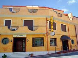Foto HOTEL  MISTRAL di PORTOSCUSO