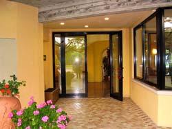 Foto HOTEL ALBERGO LA ROMANTICA di MANERBA DEL GARDA