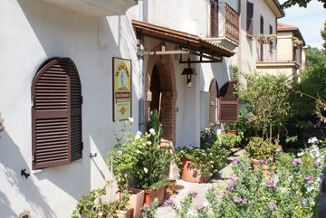 Picture of B&B IL CACTUS  of ARCE