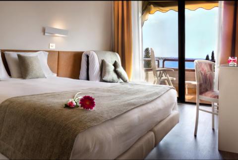 Foto HOTEL  DESIREE di SIRMIONE