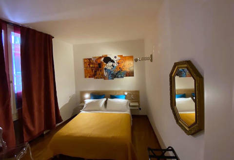 Foto B&B BED & BREAKFAST LIKE ROMEO di VERONA