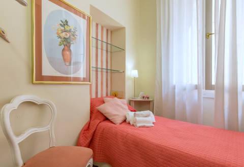 Foto B&B BED & BREAKFAST LIKE ROMEO di VERONA