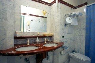 Foto HOTEL  RISTORANTE VILLA DUCALE di DOLO