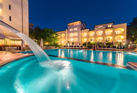 Foto HOTEL APPARTAMENTI HOTEL SPORT & RESIDENZA di CESENATICO