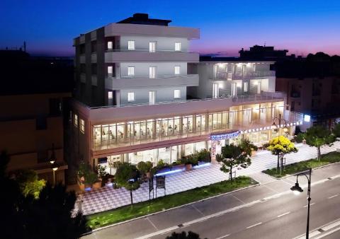 Foto HOTEL  NETTUNO di CESENATICO