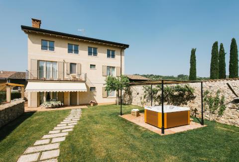 Picture of B&B IL GALLO COUNTRY HOUSE of LONATO DEL GARDA