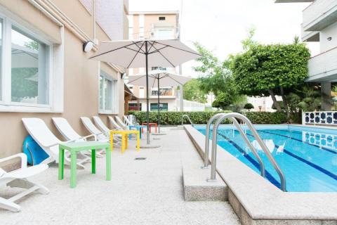Foto HOTEL  SAINT TROPEZ di PINETO