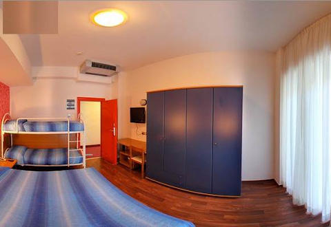 Foto HOTEL  SENIOR di CATTOLICA