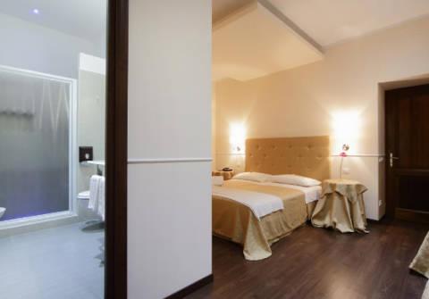 Foto HOTEL CAESAR PLACE di ROMA